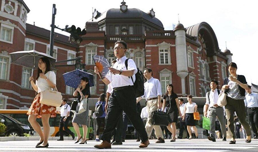 Dün Japonya tarihinin en yüksek sıcaklığı ölçüldü.