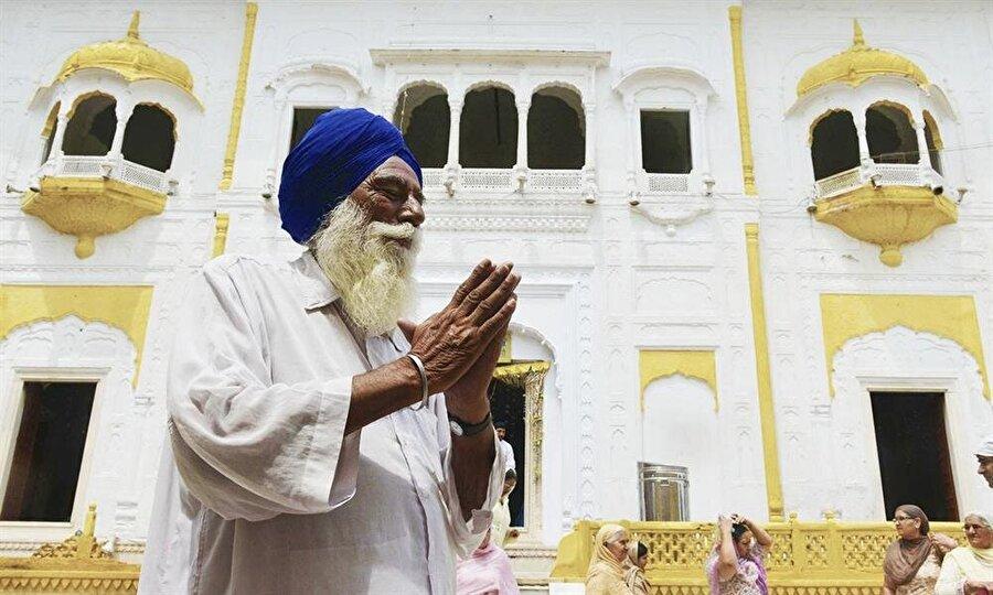 Sihler, İmparator Ranjit Singh'in türbesini bugün de yoğun şekilde ziyaret ediyor.