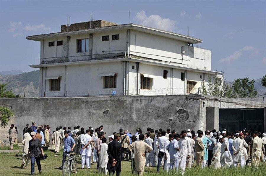 Pakistan'ın Abbudabad şehrinde, Usame bin Ladin'in öldürüldüğü ev.