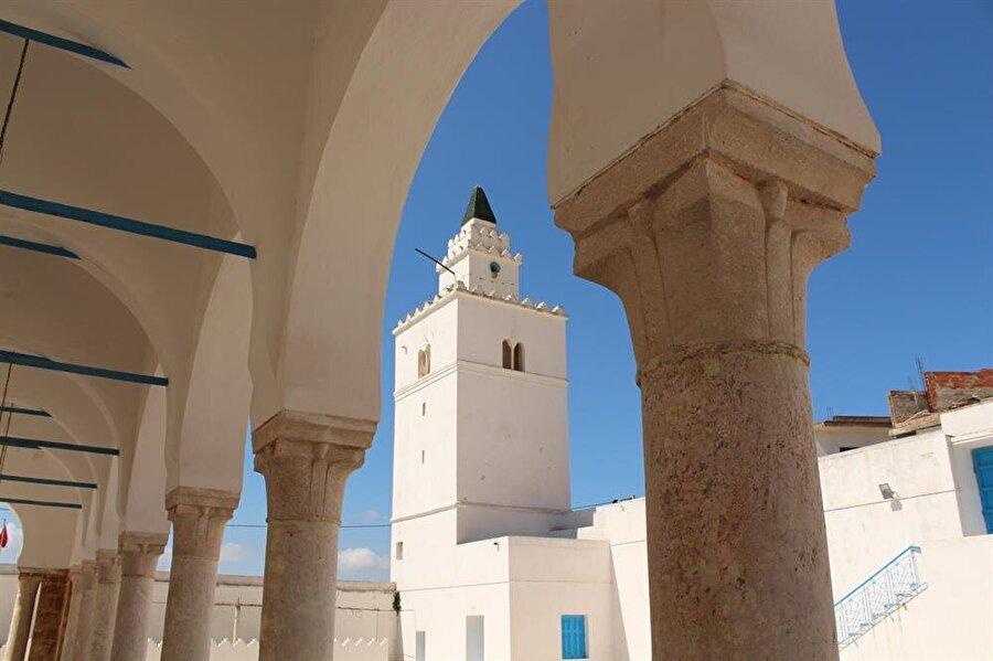 Gâru'l-milh, Tunus'taki Osmanlı hakimiyetinin önemli askerî merkezlerinden biridir.