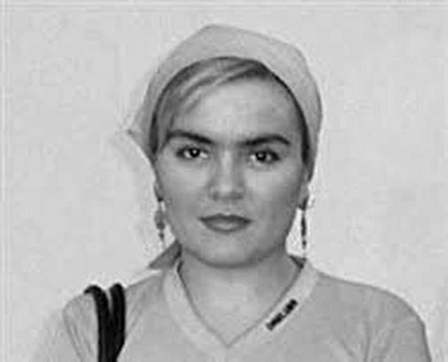 Şamil Baseyev'in eşi Elina Ersenoyeva 2005 yılında kaçırıldı.