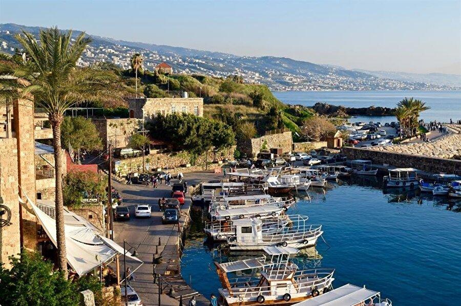 Günümüzde Cubeyl olarak isimlendirilen Lübnan'ın Byblos kasabası.
