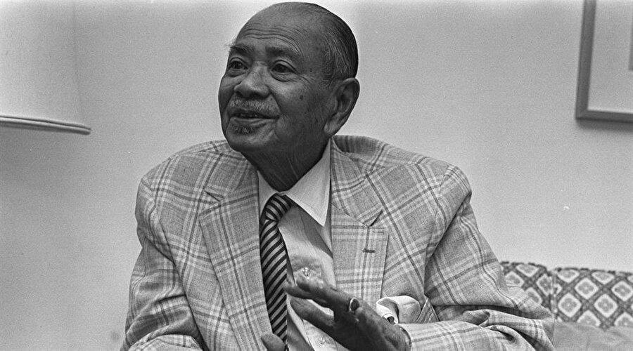 Dato Onn Jaafar'dan sonra UMNO'ya liderlik eden Tunku Abdurrahman.