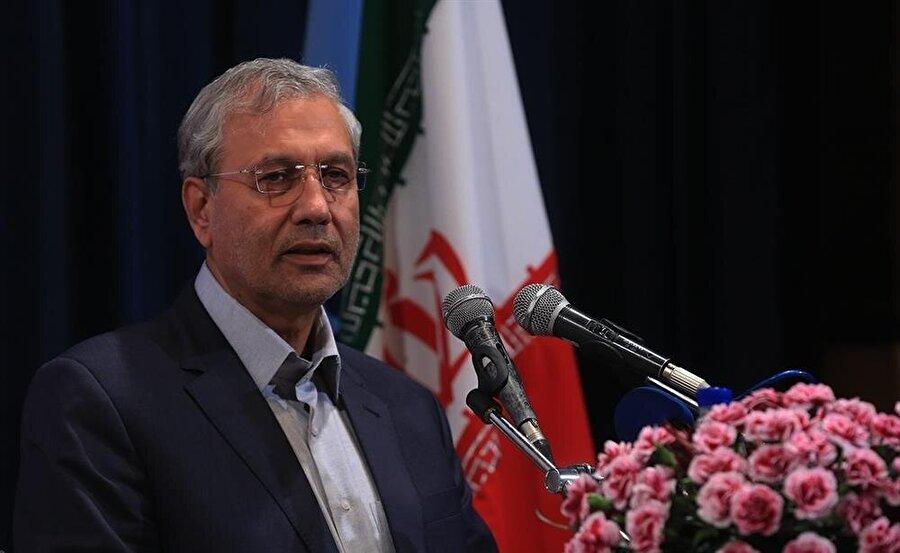 Çalışma Bakanı Ali Reebi, ABD yaptırımlarının İran ekonomisinde yol açabileceği ağır sonuçlara dikkat çekti.