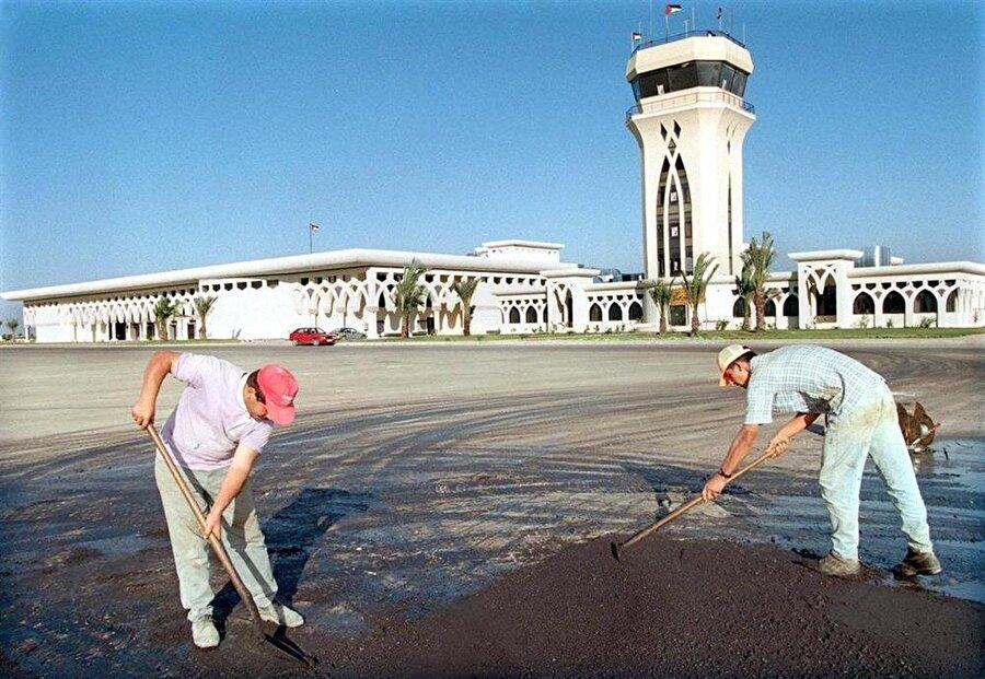 Gazze Havaalanı, resmi açılışa hazırlanırken...