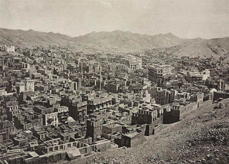 Gayrimüslimlerin giremediği Mekke, eski zamanlardan beri Batılılar için gizemli bir şehir olmuştu.