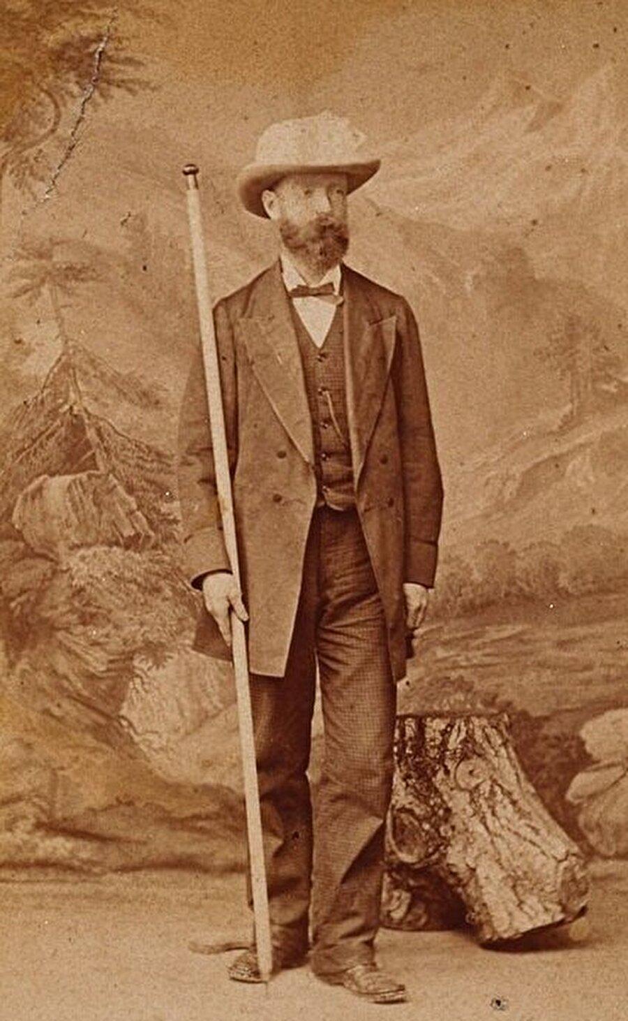 Herman Bicknell, Mekke'yi kendi kültürel kıyafetleriyle ilk ziyaret eden Batılı oldu.