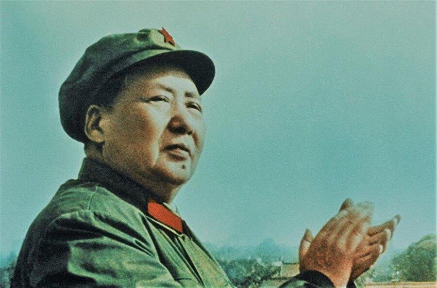 """Komünist lider Mao Zedong, 1949'da """"Çin Halk Cumhuriyeti""""nin kuruluşunu ilân etmişti."""