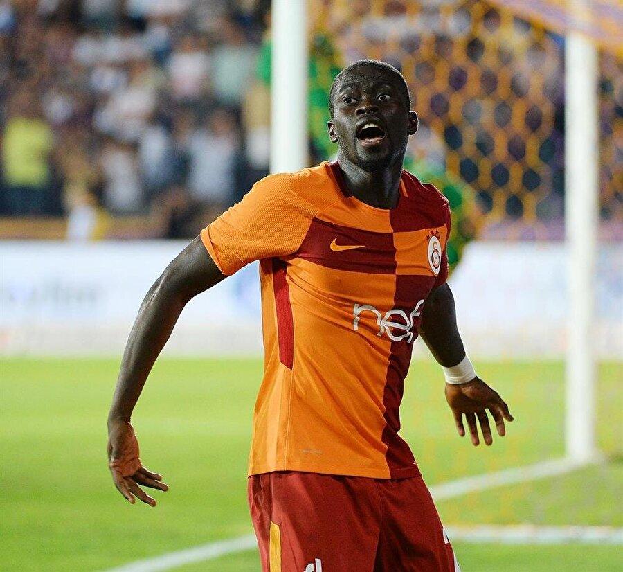 Galatasaray, geçtiğimiz hafta tecrübeli futbolcuyla anlaştıklarını KAP'a bildirmişti.