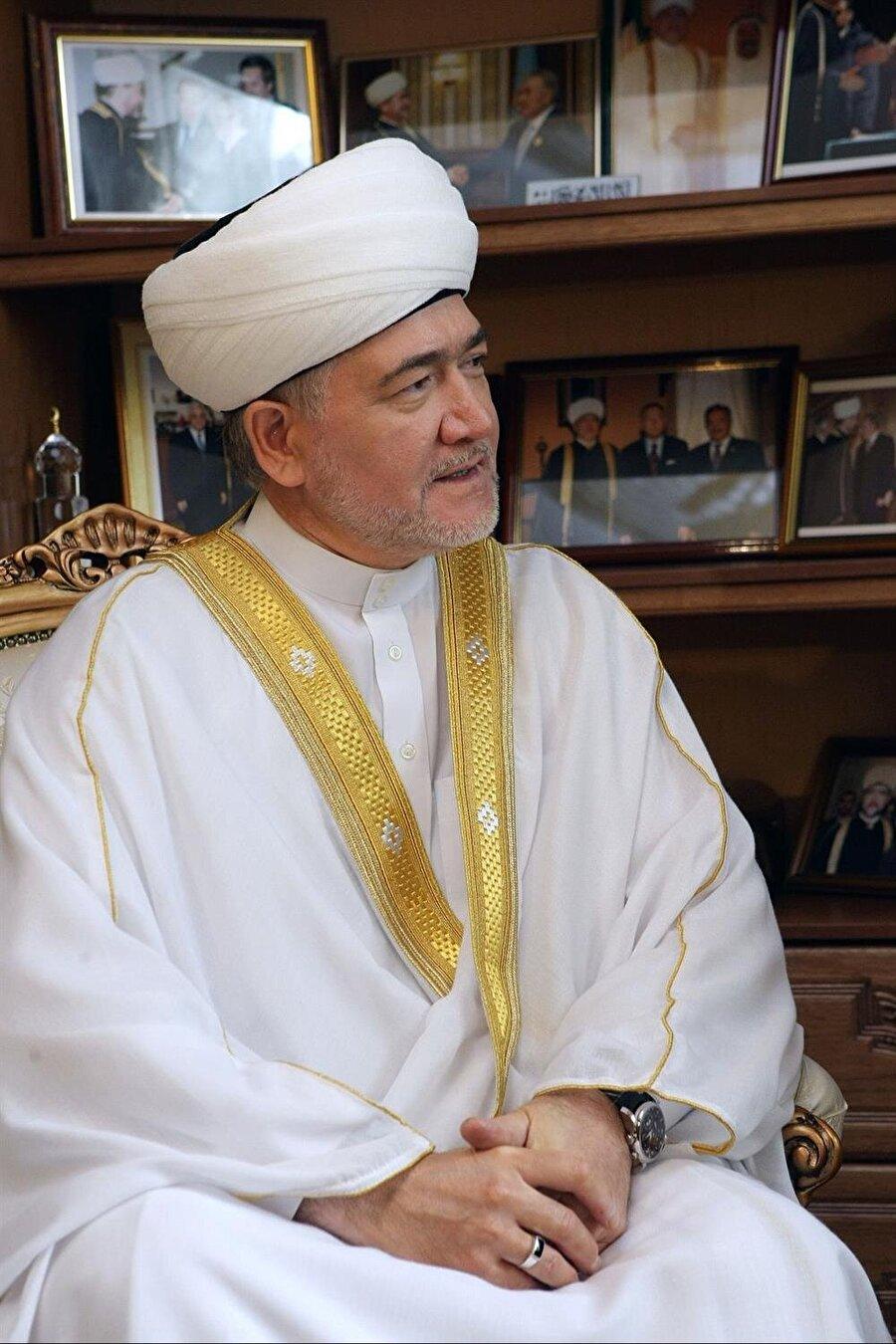Rusya Müslümanları Merkezi Dini İdaresi Başkanlığına kurulmuş Rusya Müftüler Konseyi başkanı Ravil Gaynuddin.