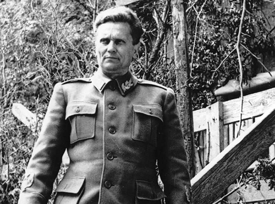Josip Broz Tito, Yugoslavya'yı, uzun yıllar boyunca diktatörlükle yönetecekti.