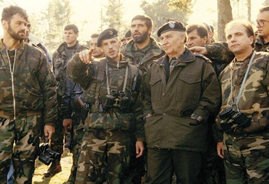 Aliya İzetbegoviç, Bosnalı Müslümanlar için her anlamda lider bir isimdi.