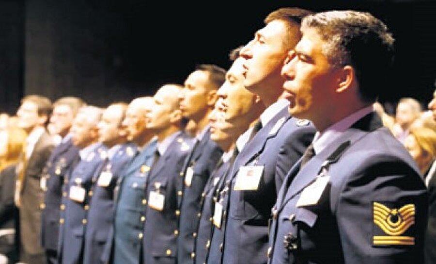 THK personeli ABD'deki törene katılmıştı