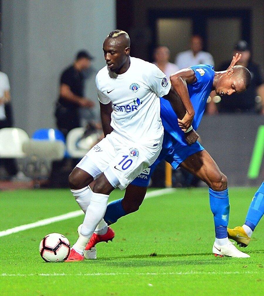 Sezona hızlı giriş yapan Senegalli forvet Mbaye Diagne, ilk haftada Süper Lig'de mücadele eden 10 takımdan daha fazla gol attı.