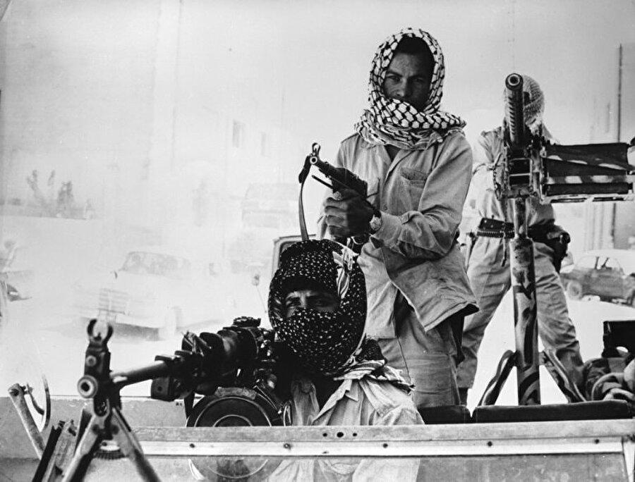 1970'in sonlarına doğru Filistinli gruplar ve Ürdün güvenlik güçleri arasında yaşanan çatışmalar şehirleri etkisi altına almıştı.