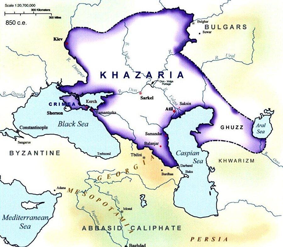 Yahudi Hazarlar, İdil Bulgar Hanlığının en büyük düşmanıydı.