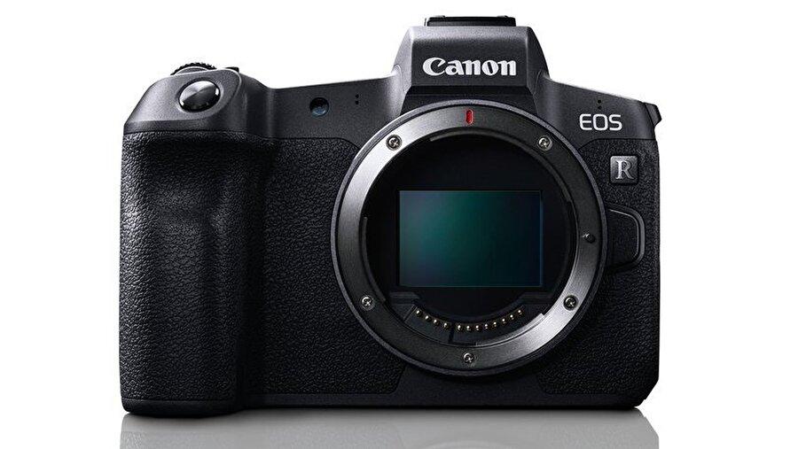 Canon'un yeni aynasız cihazı ciddi bir satış performansı vadediyor.