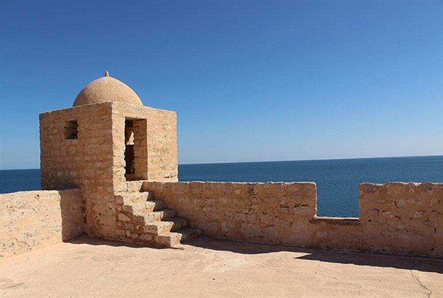 Osmanlı döneminde inşa ettirilen Burcu'l-kebîr'den bir kare.
