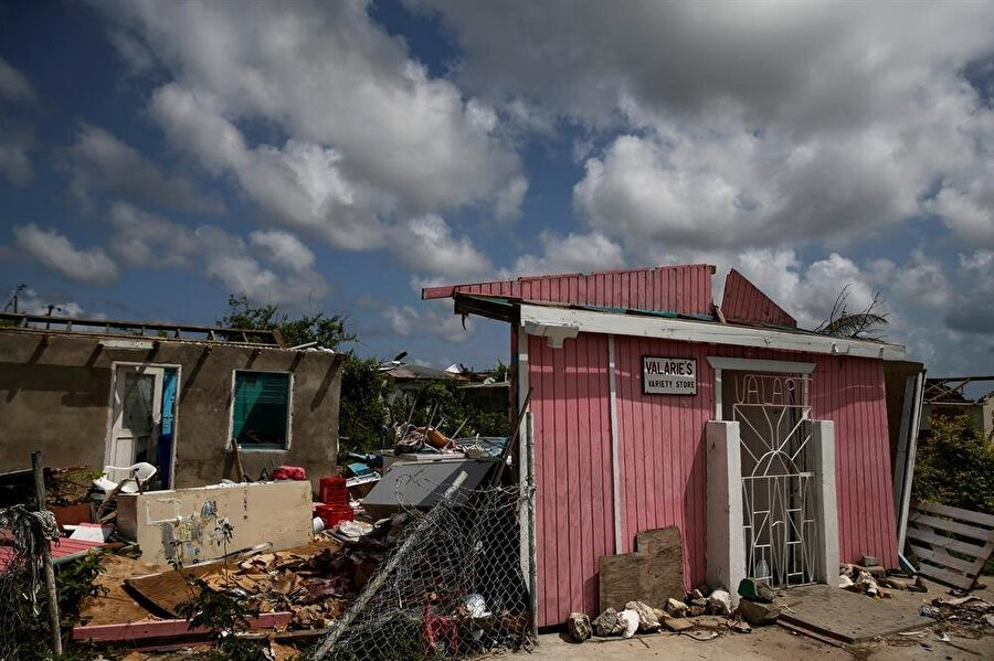 Irma Kasırgası, Atlantik havzasında şimdiye kadar kaydedilen en güçlü kasırgadır.