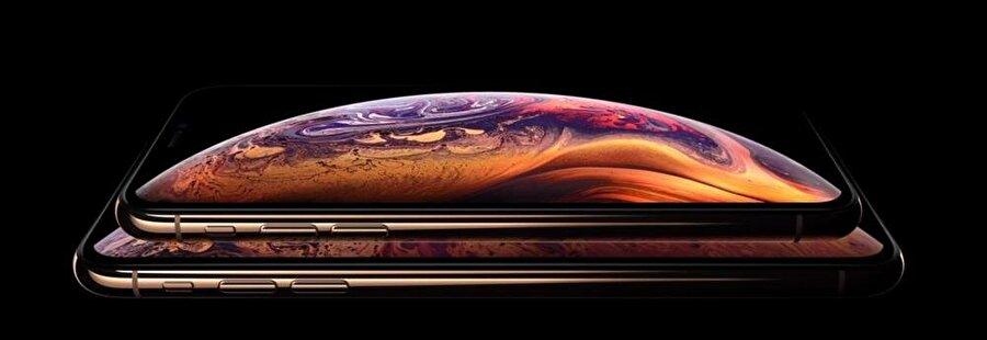 iPhone XS ve iPhone XS Max'in altın renkli versiyonu bu şekilde görünüyor.
