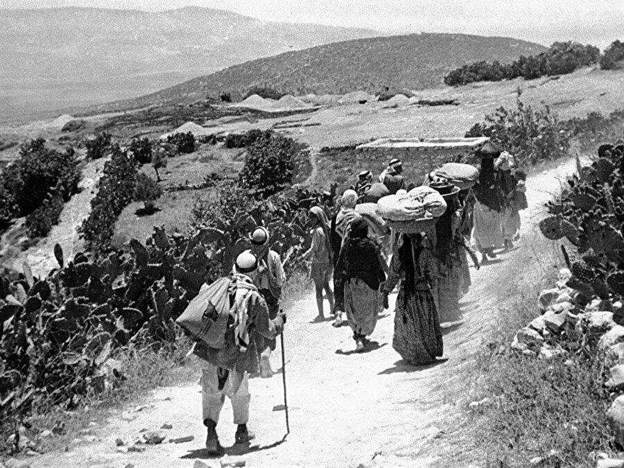 Oslo ile, 1948'de yurtlarını terk etmek durumunda kalan Filistinlilerin geri dönüş beklentileri de sona ermiş oldu.