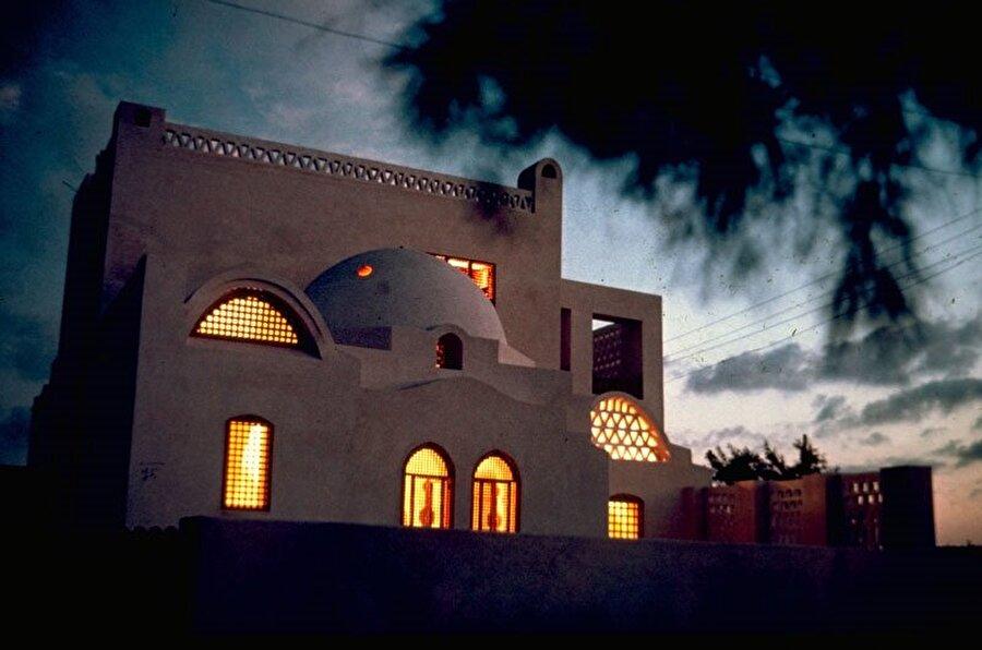 """El Vekil, """"Halava Evi"""" adlı lüks sahil konutuna geleneksel bir veçhe kazandırmayı başarmıştı."""