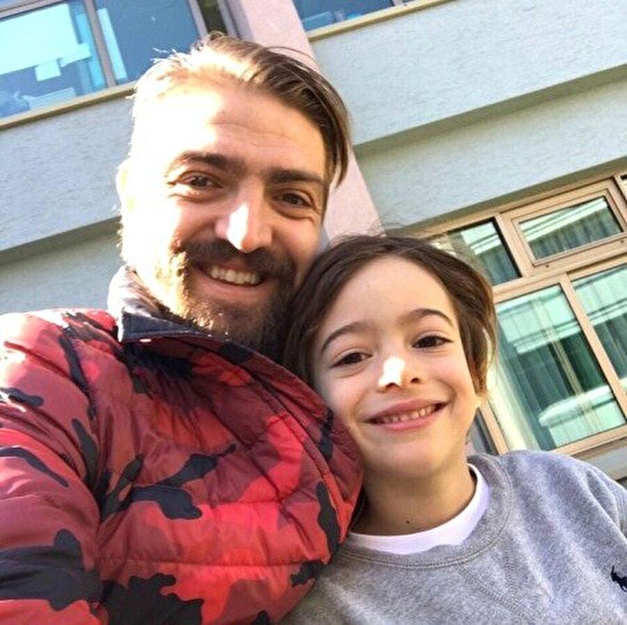 Caner Erkin ve oğlu Çınar