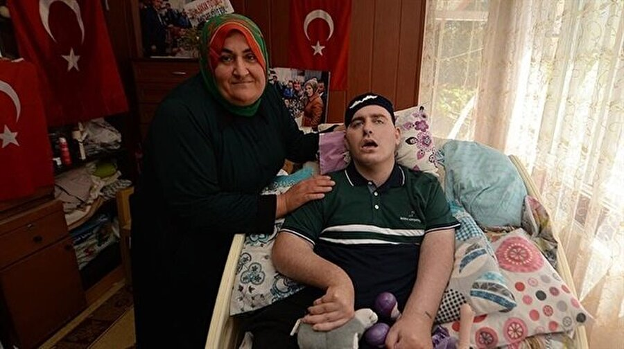 Gülsüm Anne ve oğlu Umut