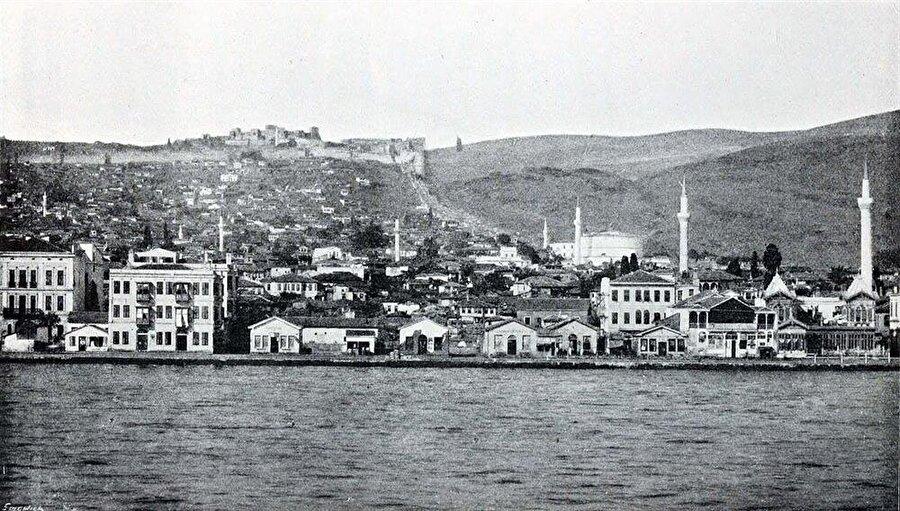 Osmanlı döneminde Selanik'in panoramasında, cami sayısının çokluğu dikkatleri çekiyor.