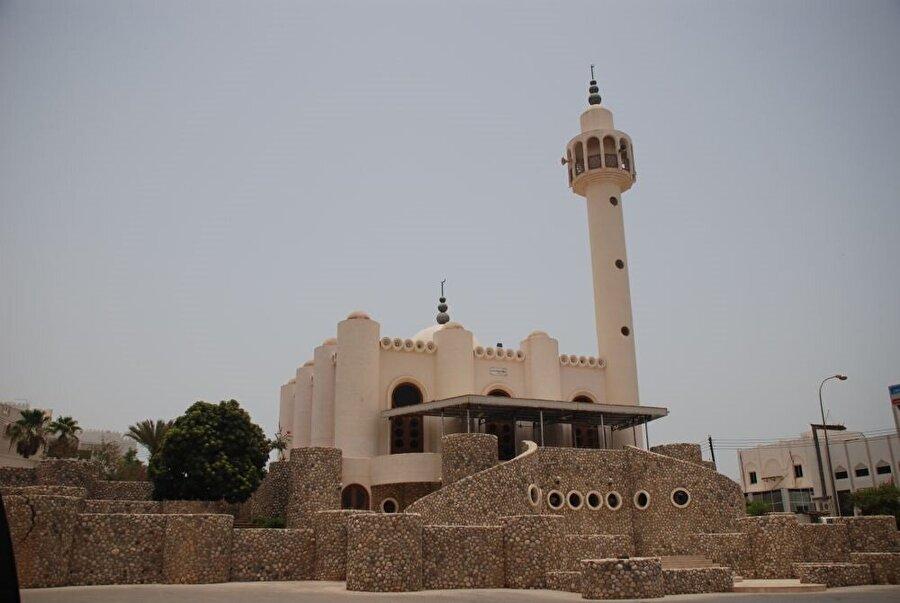 Umman'ın Kurum bölgesindeki Abdullah b. İbâd Camii.