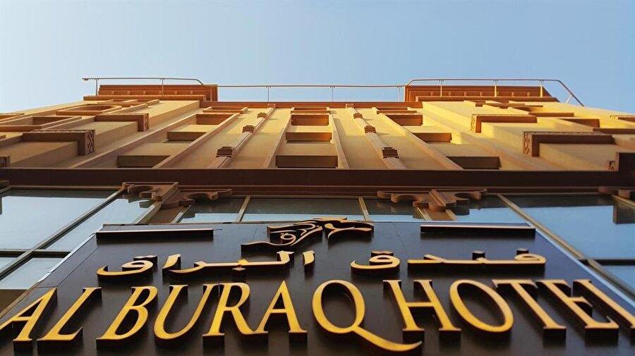 Özçivit'in reklam yüzü olması istenilen 'Al Buraq Hotel'