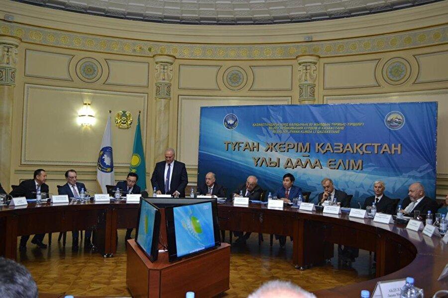 Kazakistan'daki Kürt diasporasıın bir toplantısı...