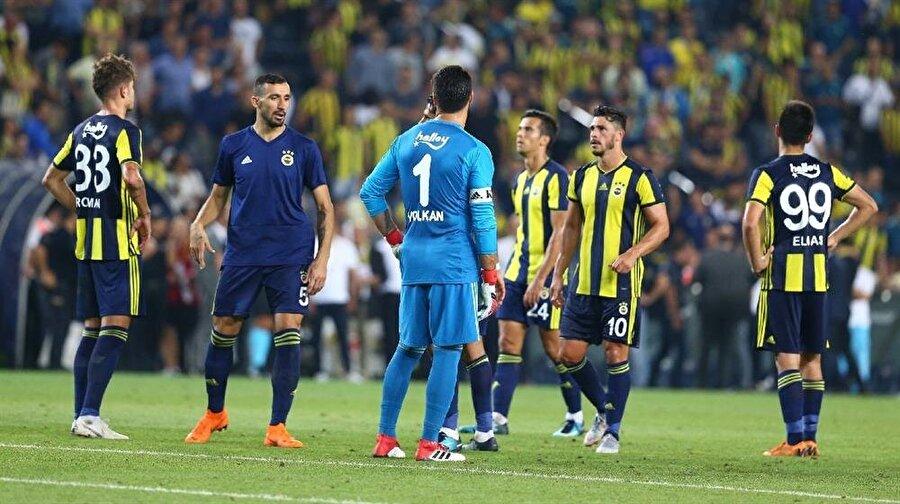 Fenerbahçe - Benfica maçı sonrasında sarı lacivertli futbolcular