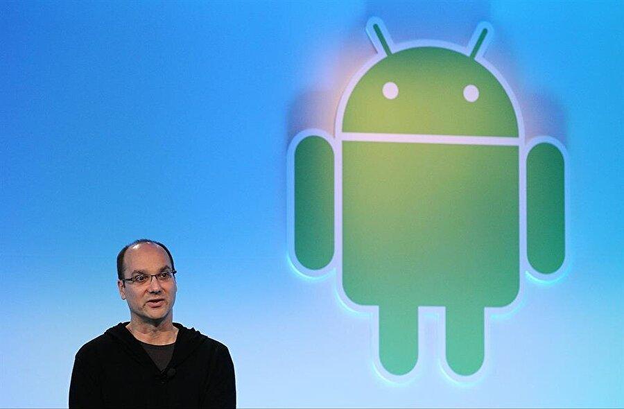 Andy Rubin, Android'i ilk etapta dijital fotoğraf makinelerinde kullanmak için geliştiriyordu.