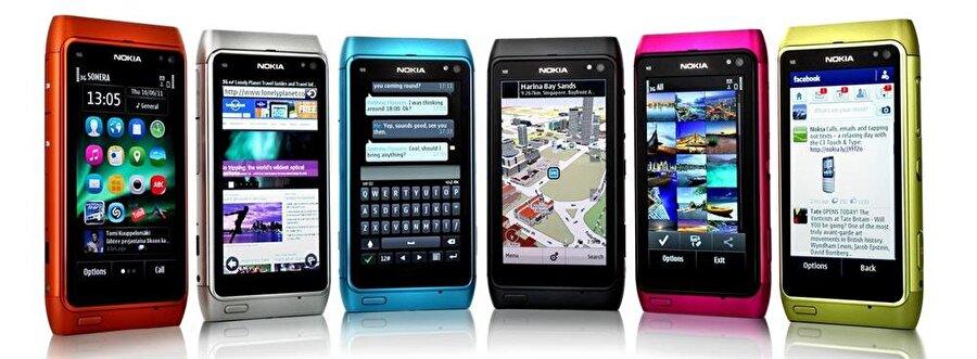 Nokia'nın Symbian'ı da tarihe gömülen mobil işletim sistemleri arasında yer alıyor.