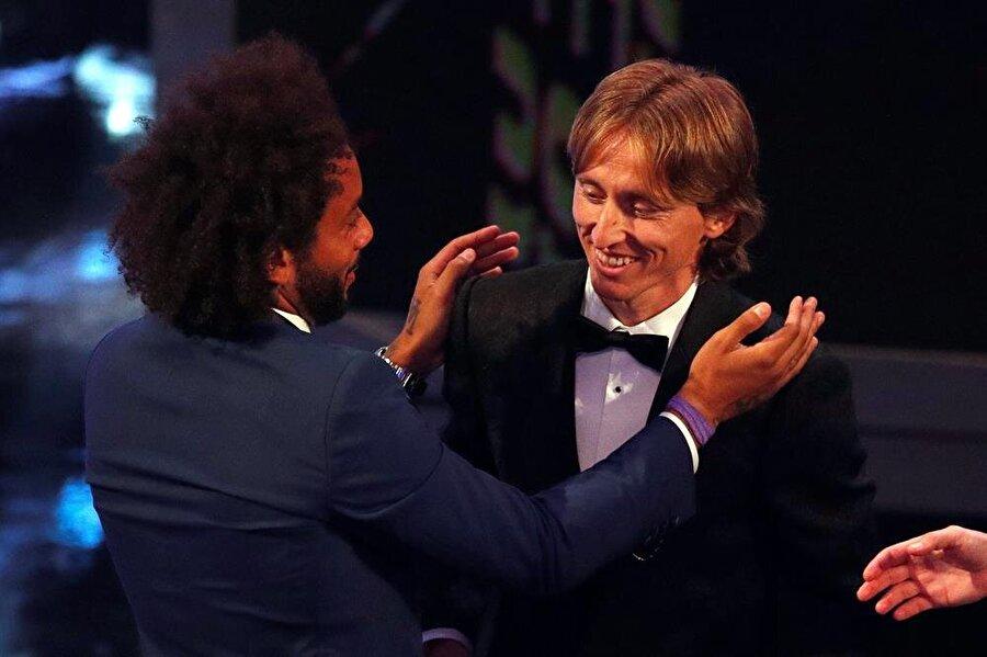 Luka Modric'i ilk kutlayan ilk isim takım arkadaşı Marcelo oldu.