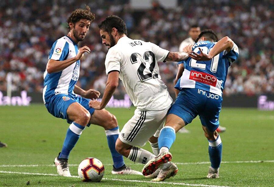 Real Madridli orta saha oyuncusu, Espanyol karşılaşmasında ikili sıkıştırmadan şık bir şekilde kurtuldu.