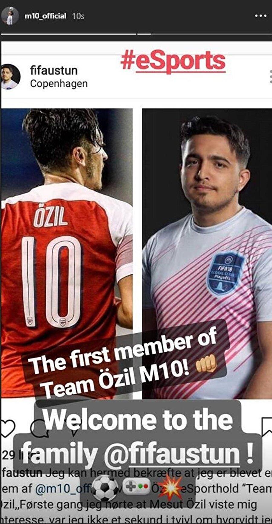 Mesut Özil, FIFA'da kurduğu takıma yaptığı transferi sosyal medya hesabından paylaşım yaparak açıkladı.