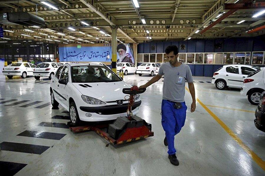 Yaptırımlardan en çok etkilenen sektör otomotiv sektörü oldu.