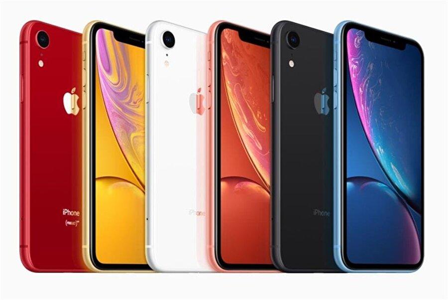 iPhone XR, iPhone Xs ve iPhone Xs Max'e oranla daha fazla renk seçeneğine sahip.