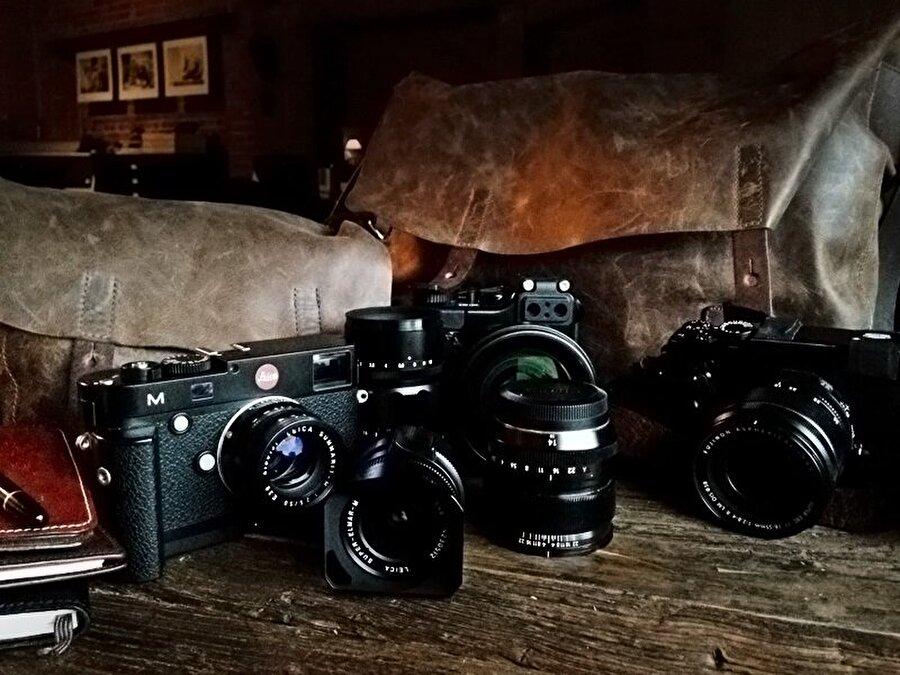 Sony, fotoğraf makineleri dışında lens geliştirme çalışmalarıyla da ilgi çekiyor.