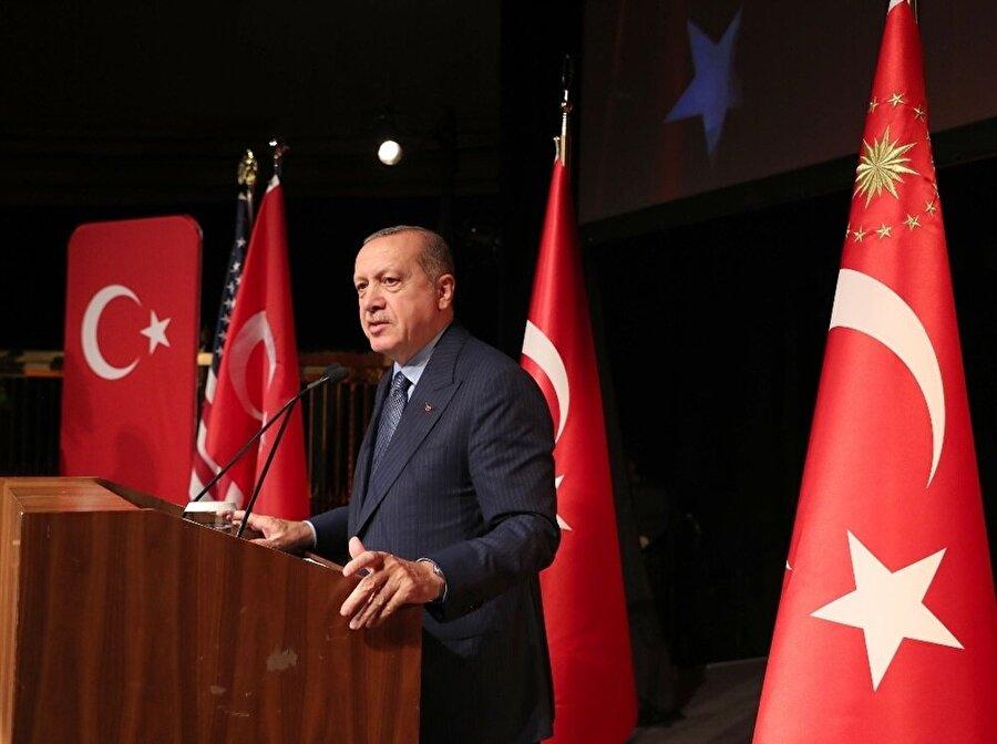 Cumhurbaşkanı Recep Tayyip Erdoğan, Birleşmiş Milletler (BM) 73. Genel Kurul Görüşmeleri için bulunduğu New York'ta Türk-Amerikan İş Konseyi (TAİK) tarafından düzenlenen 9. Türkiye Yatırım Konferansı'nda konuşmuştu.