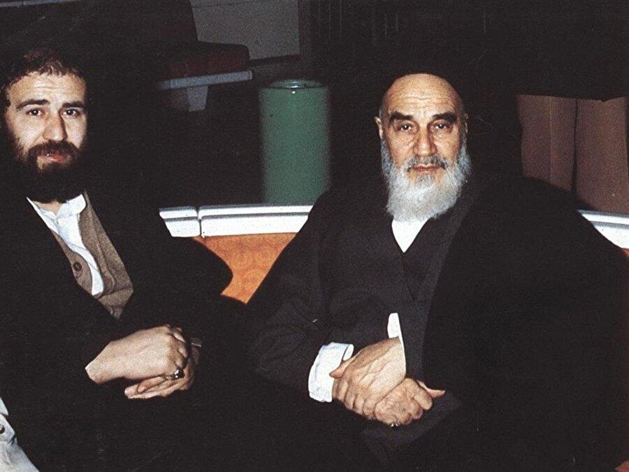 Ahmed Humeyni, babası Ayetullah Humeyni ile, Fransa'daki sürgün yıllarında.