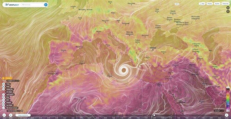 Kasırga, oval işleyiş ile ilerleyerek güçlü bir etki oluşturabiliyor.