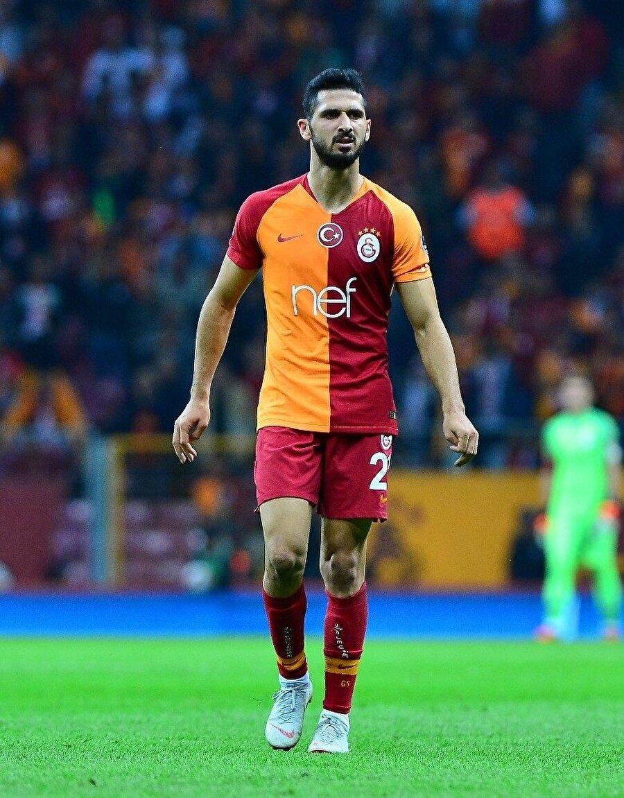Emre Akbaba, BB Erzurumspor maçında sakatlanarak oyundan çıkmak zorunda kalmıştı.