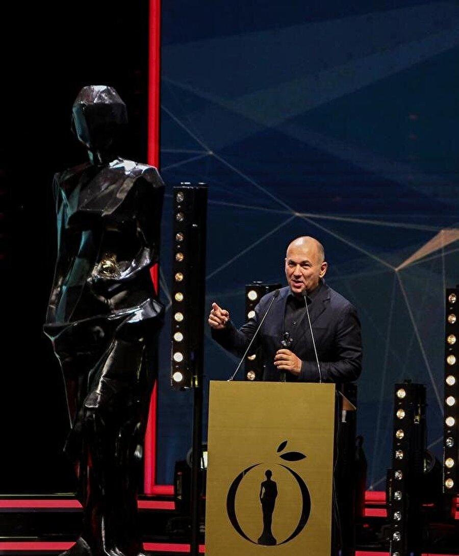 Ferzan Özpetek ödül alan yönetmenler arasındaydı.