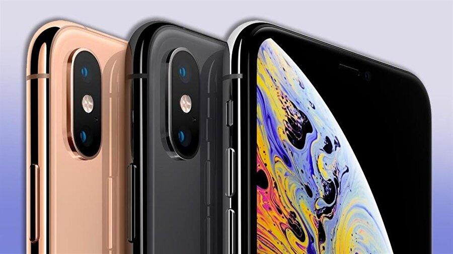 Apple'ın yeni cihazları, orijinal renk seçenekleriyle ilgi çekiyor. Rose gold ve siyah iPhone XS Max'ler en çok tercih edilen model konumunda yer alıyor.