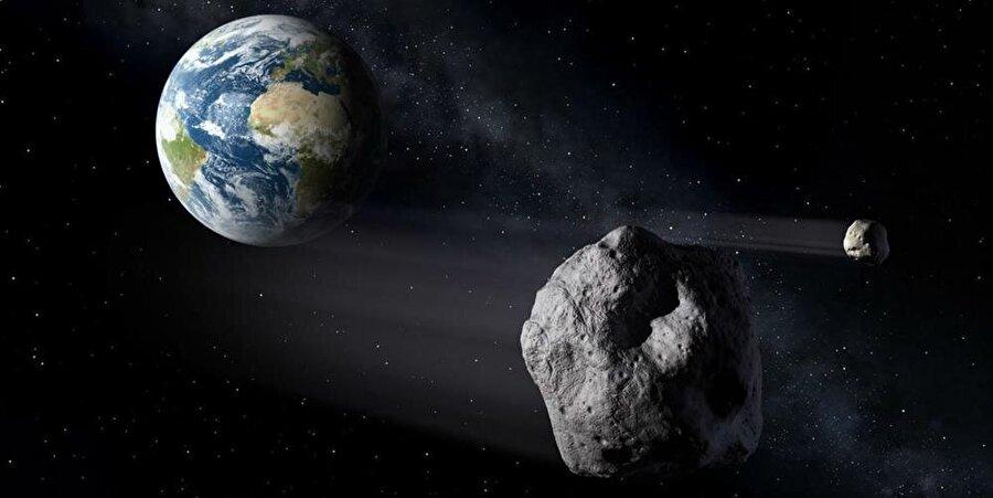 Dünya'dan asteroide gönderilen gezginci, 280 milyon kilometrelik yolculuğunu tamamlarken atmosferik hareketini de sürdürdü.