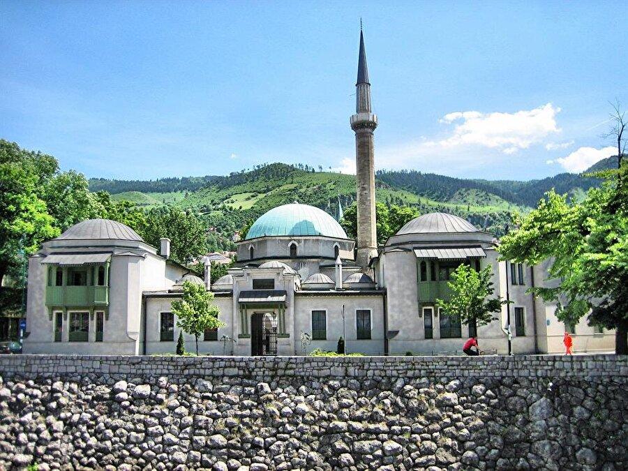 Osmanlı Sancakbeyi Gazi İsabey tarafından Fatih Sultan Mehmet adına yaptırılan, Sultan Camii