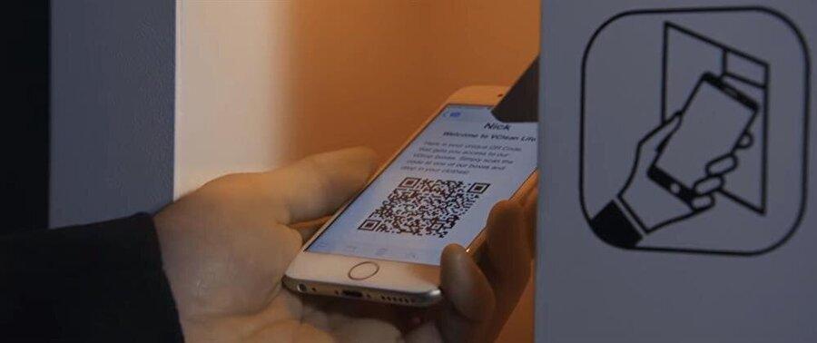 Ön kayıt işleminden sonra e-postaya bir QR kod geliyor ve bu QR ile birlikte otomat kontrol edilebiliyor.